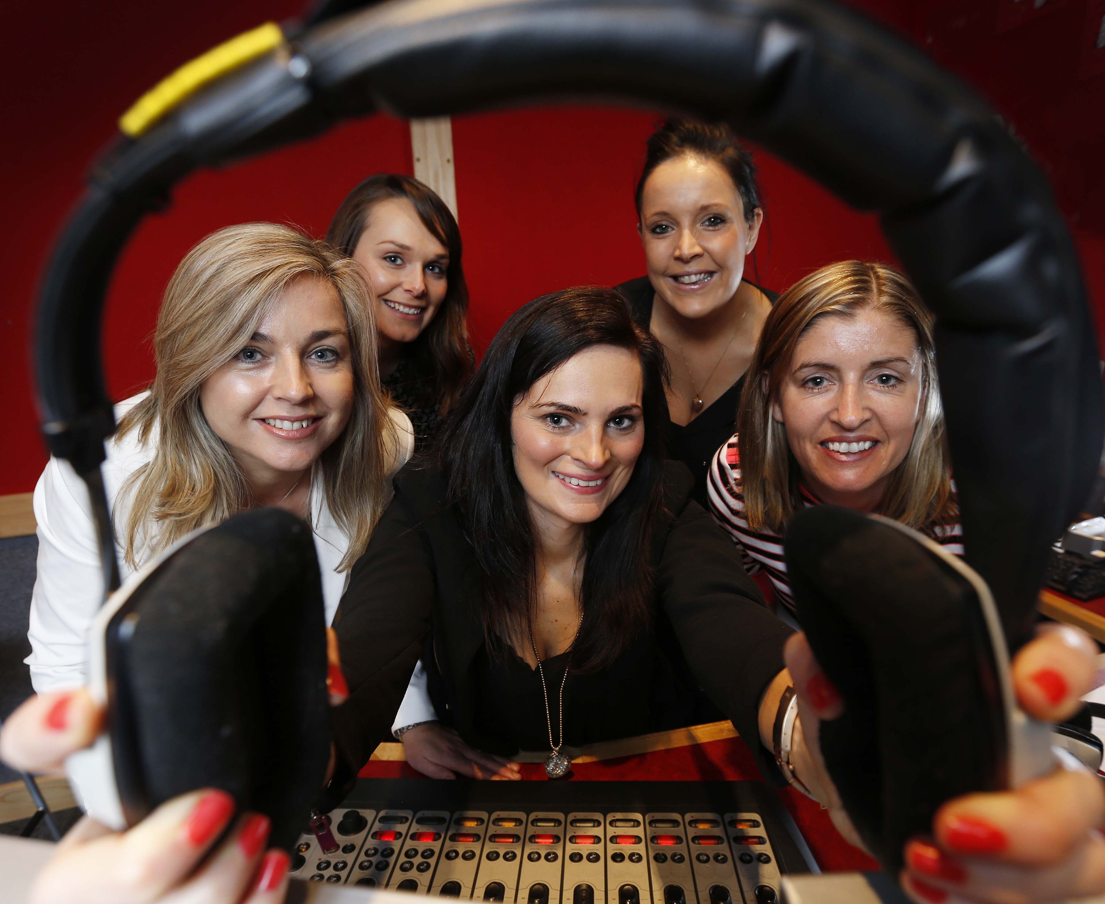 Pictured here are (front row L-R) Ciara O'Connor, Account Director at UTV Radio Solutions, Agnes Swaby, Marketing Manager at DoneDeal, Jill Downey, Managing Partner at Livewire (back row L-R) Ellen McCarthy, Client Associate at Starcom, Gráinne Ryan, Creative Solutions Specialist at UTV Radio Solutions. DoneDeal has announced that it will sponsor weather bulletins across four of UTV Radio Solution's market leading urban stations;  Dublin's FM104, Cork's 96FM & C103FM, Galway Bay FM, and WLR FM in Waterford.  Pic Robbie Reynolds